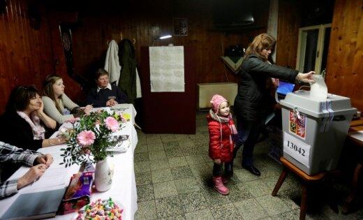 Čehijā atsākas balsošana prezidenta vēlēšanās