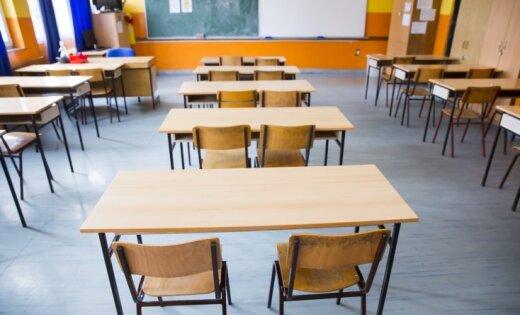 МОН предлагает ввести минимум 25 учеников в классе средней школы в городах и 12— в регионах