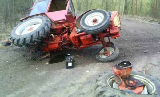 Польша: в трагическом ДТП с участием гражданина Латвии погиб тракторист