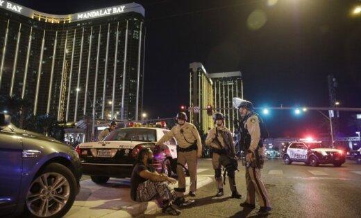 Apšaudē Lasvegasā nogalināto skaits pieaudzis līdz 59; ievainoti 527 cilvēki