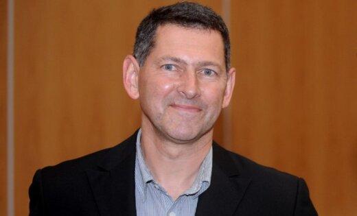 Atis Klimovičs: Eirodeputāta aicinājumi kļūst aizvien apšaubāmāki