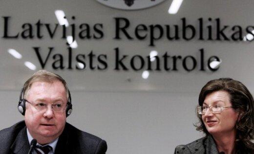 Sudraba krīzes laikā par valsts naudu dāsni pusdienojusi ar Krievijas kolēģi; noliedz došanos uz Krieviju privātā lidmašīnā