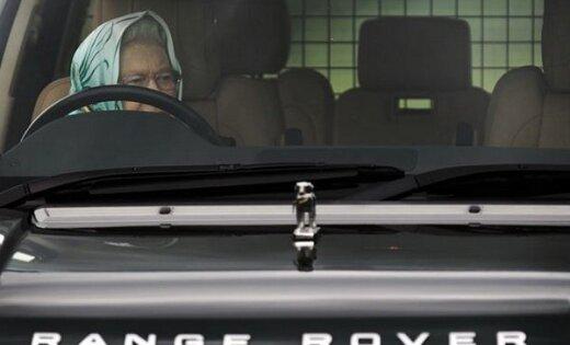"""От """"Нивы"""" до Range Rover: личные автомобили мировых политиков"""