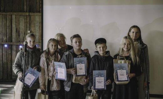 Foto: Atvērta jau ceturtā atjaunotā dzejas gadagrāmata bērniem 'Garā pupa'