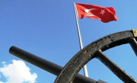 Turcijā trim ģenerāļiem piespriež mūža ieslodzījumu par apvērsuma plānošanu