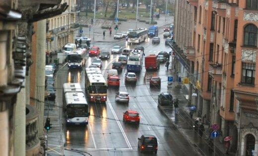"""Регистрация машин: ЕС лишит Латвию """"монополии"""""""