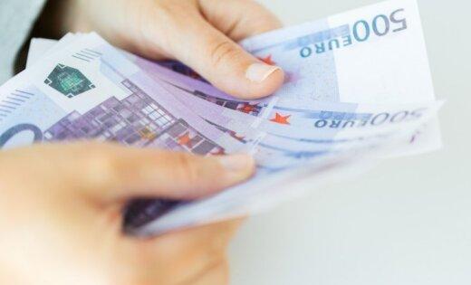 Латвийские депутаты оказались самыми бедными в Балтии