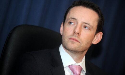 Еще один каминг-аут: Посол Великобритании в Латвии последовал примеру Ринкевича