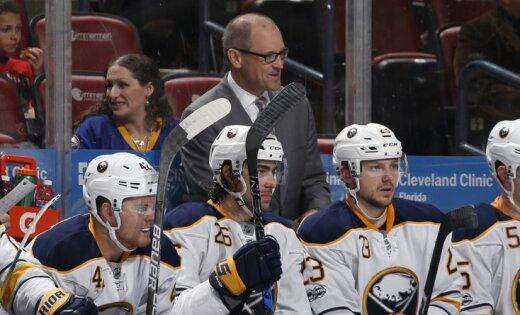 'Sabres' atlaiž galveno treneri un ģenerālmenedžeri