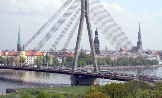 Как разгрузить рижские мосты? Архитектор города предложил свой вариант