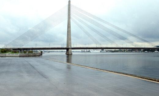 Ремонт лестниц Вантового моста начнут этой осенью; полный ремонт— через два-три года