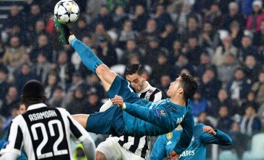 Роналду забил «Ювентусу» через себя иэтот гол признали лучшим всезоне