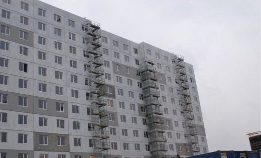 Kanādas karavīri paaugstinājuši aktivitāti Rīgas dzīvokļu īres tirgū