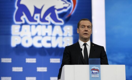Д. Медведев: пора распрощаться силлюзиями поповоду отмены санкций