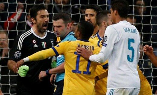 Drāma Čempionu līgā: Ronaldu ar 'pendeli' izglābj 'Real'; Bufons atvadās ar noraidījumu