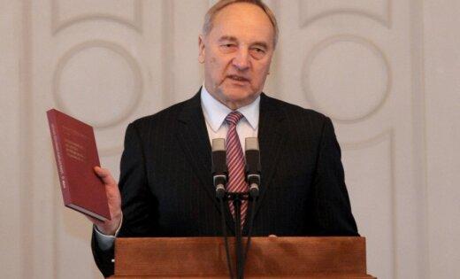 Prezidents apsveikumā Putinam pauž pārliecību par 'konstruktīvu sadarbību starp mūsu valstīm'