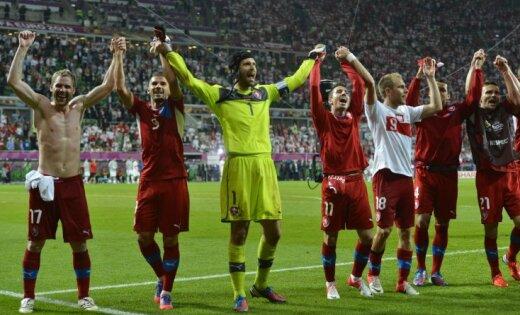Čehija smagā mačā izcīna uzvaru pār Poliju un iekļūst ceturtdaļfinālā