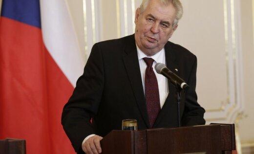 Бросание яиц впрезидента Чехии неявляется преступлением