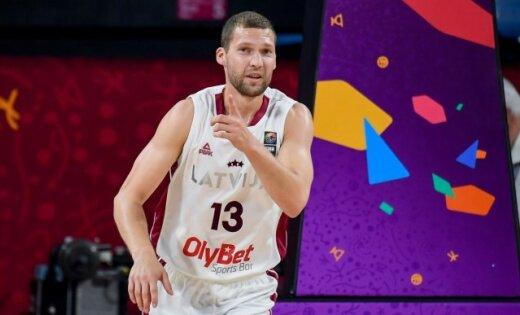 Strēlniekam 11 punkti; 'Olympiakos' panāk izšķirošo piekto spēli Grieķijas čempionāta finālsērijā