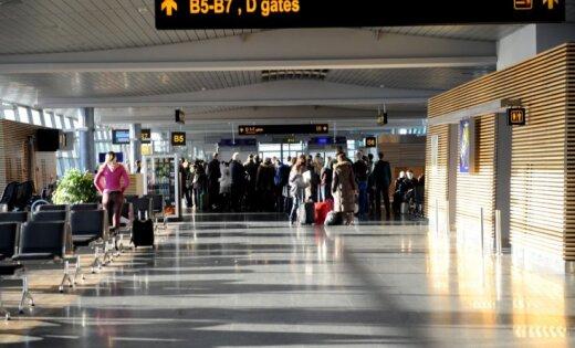 Rīgas lidostā 38 ceļotājiem no Londonas nav veikta robežpārbaude; sākts kriminālprocess
