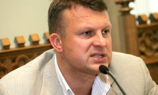 Rīgas domes priekšsēdētāja vietnieks Ainārs Šlesers piedalās preses konferencē pēc tikšanās ar tūrisma nozares pārstāvjiem, kurā analizēja gada laikā paveikto tūrisma nozarē.