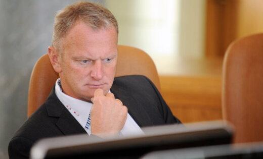 Берзиньш прокомментировал перспективу развала правительства из-за вопроса неграждан