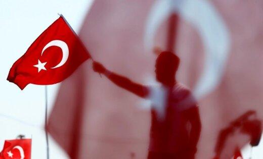 Руководитель МИД Турции: ПопыткиЕС оказать давление наАнкару безрезультатны