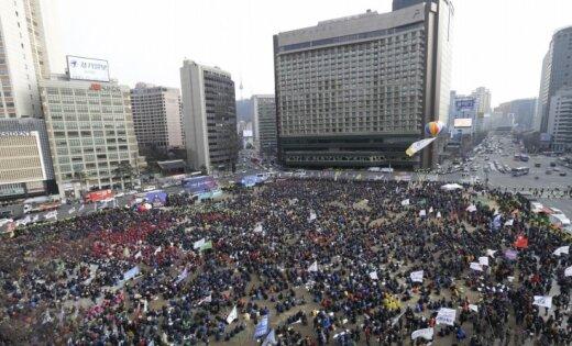 Коррупция и«серый кардинал»: вЮжной Корее состоялись масштабные протесты против президента