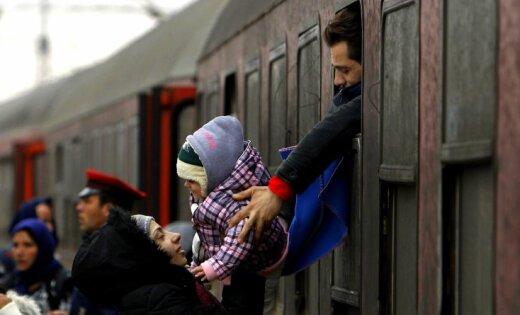 'Delfi' no Strasbūras: EK sodīs Poliju, Ungāriju un Čehiju par bēgļu neuzņemšanu