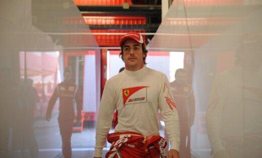 Alonso uzvaru Valensijā nodēvē par spožāko karjerā