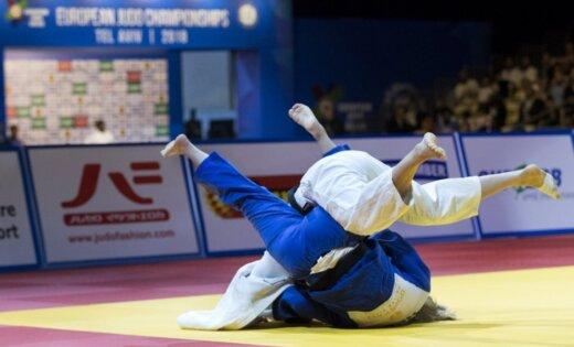 Džudo cīkstonis Jarockis izcīna vienu uzvaru Eiropas junioru čempionātā