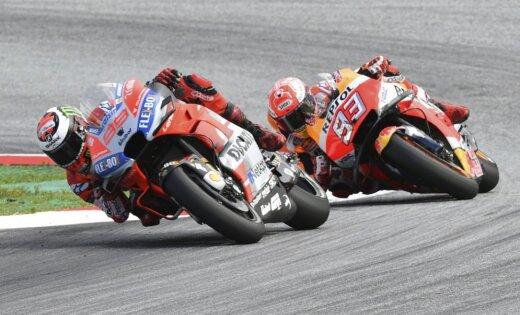 Lorenso pārspēj Markesu un uzvar 'MotoGP' posmu Austrijā