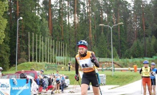 Zane Eglīte uzvar rollerslēpošanas Baltijas kausa pirmajā posmā Igaunijā