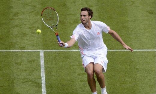 Gulbis vēl nedaudz noslīdējis ATP pasaules rangā