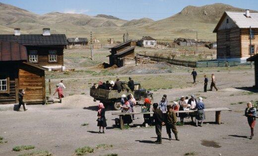 Amerikāņu majora kadri: Staļina bēres un ikdiena pēckara PSRS