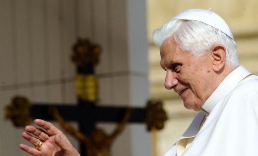 Папа Римский выиграл суд за карикатуру на себя