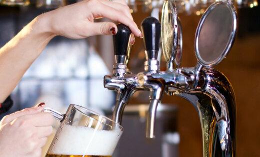 За полгода производство пива в Латвии упало почти на треть