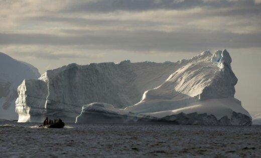От Антарктиды откололся гигантский айсберг размером с Уэльс