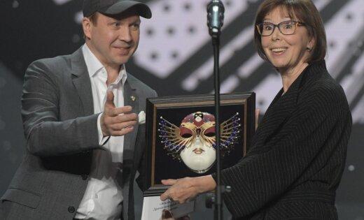 Театральную премию «Золотая маска» получили Козловский иСимонова