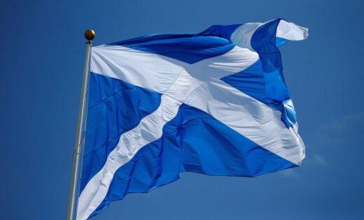 Шотландский министр подал вотставку из-за «неподобающего поведения»