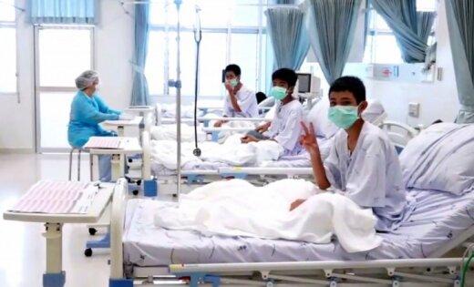 Врачи в Таиланде рассказали о состоянии спасенных из пещеры детей