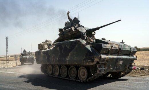 Всирийское Алеппо вошли турецкие танки