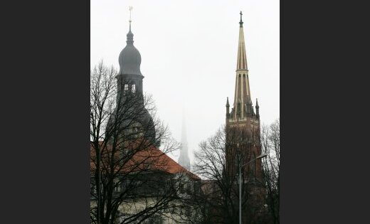 Raidījums: Latvijas Luteriskā baznīca var pievienoties Romas Katoļu baznīcai