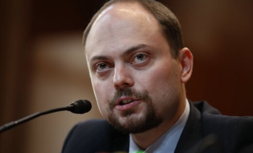 Оппозиционеры Кремля в Вильнюсе: мы стремимся изменить Россию, а не царя