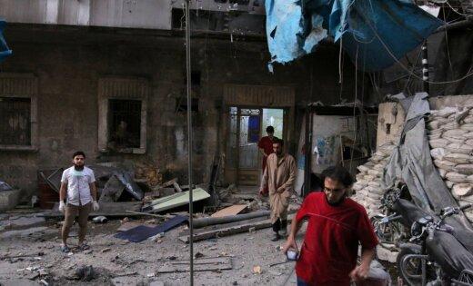 ВАлеппо покрупнейшей клинике ударили бочковыми бомбами
