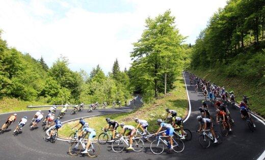 Isagirre uzvar 'Giro d'Italia' 16.posmā; Smukulim 104.vieta