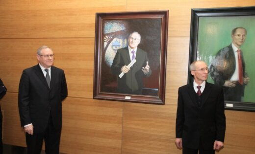 Rīgas mēru portretu galeriju papildina Aksenoka un Birka ģīmetnes