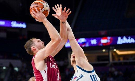 Latvijas basketbolisti ar spēli pret Eiropas čempioni Slovēniju turpina ceļu uz PK