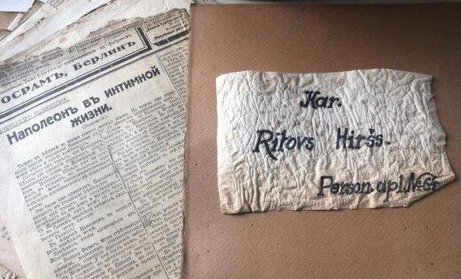 Foto: Mīlas vēstules, matu cirtas un fotogrāfijas – atradumi ebreju slēpnī Maskačkā