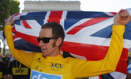 Viginss triumfē prestižajā velobraucienā 'Tour de France'
